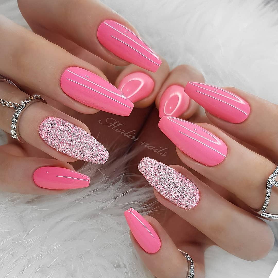 Дизайн розовых ногтей 2020 фото