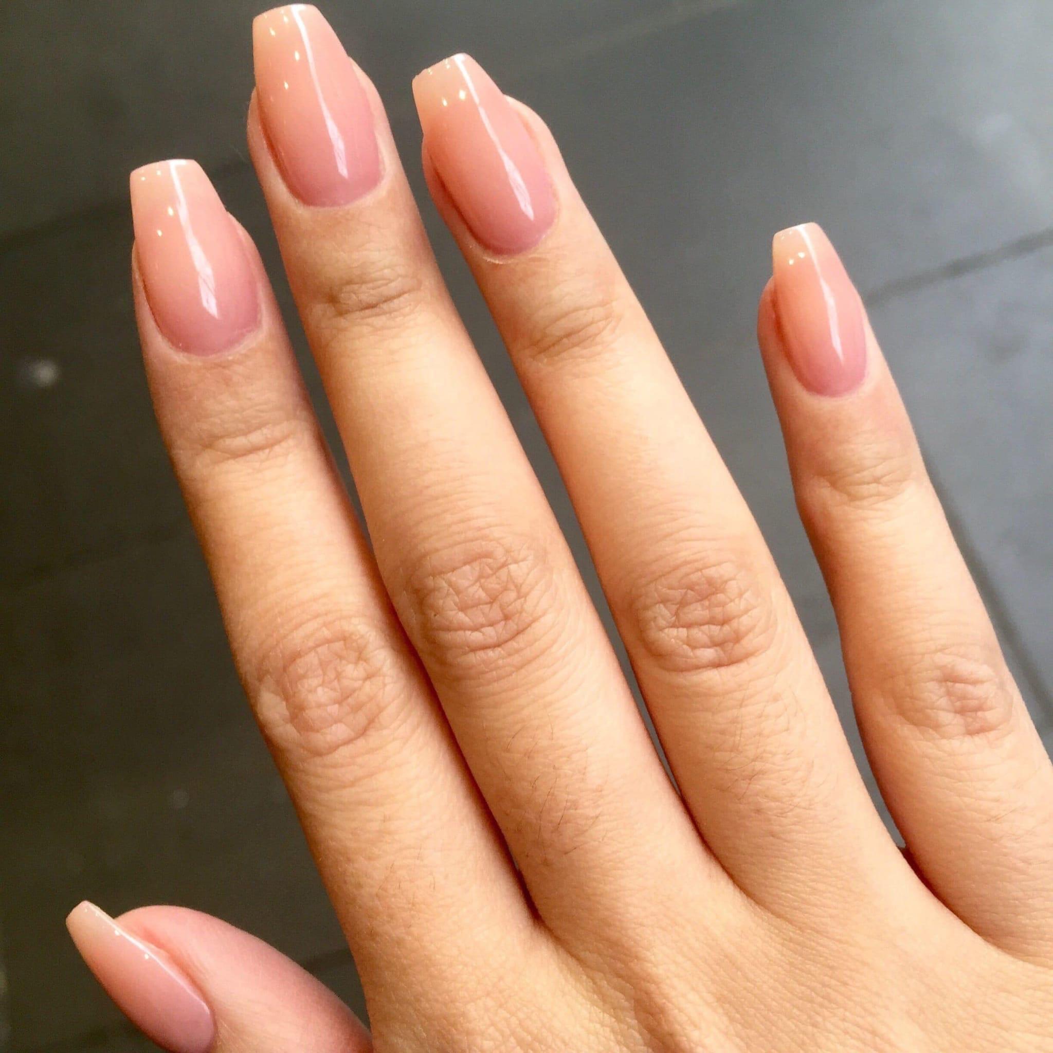 Форма средних ногтей фото