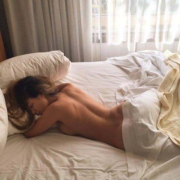 фото жён в постеле