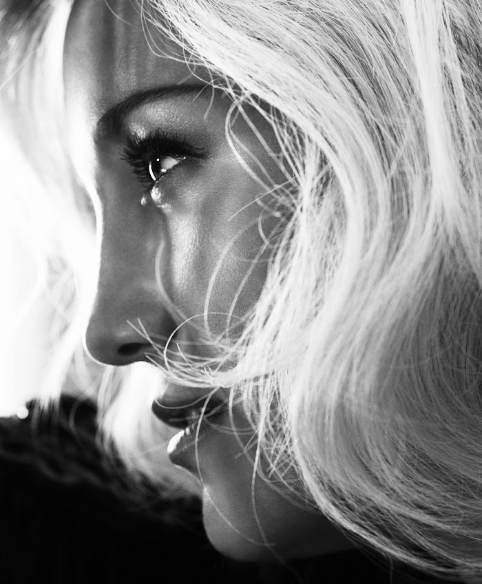 Kate Hudson by Camilla Akrans.