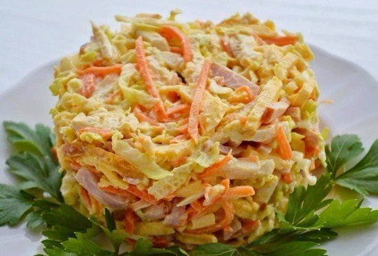 Салат с ветчиной морковью