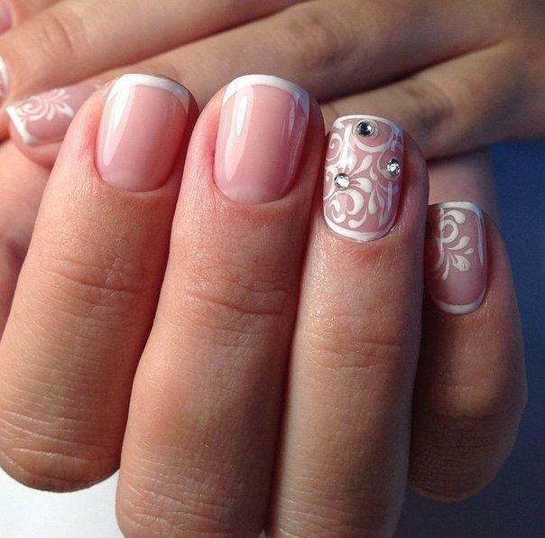 Гель лак на коротких и круглых ногтях